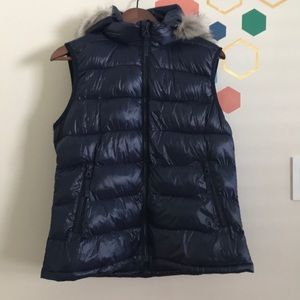GAP Puffer Vest Size L